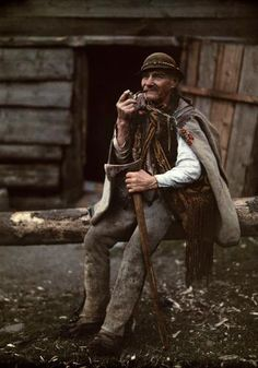 In German photographer Hans Hildenbrand of the American magazine National Geographic visited Poland to capture the color life of its people. Polish Mountains, Polish Folk Art, Tatra Mountains, Central Europe, My Heritage, People Of The World, Warsaw, Eastern Europe, National Geographic