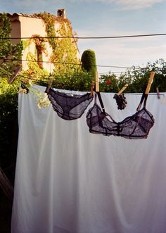 If I were to hang my undies outside they would freeze flat like a board. It wouldn't be nearly so cute.