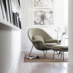 "One of Eero Saarinen's most recognizable chair designs, the Medium Womb Chair was conceived at the request of Florence Knoll, who wanted a chair she could ""curl up in"". http://www.yliving.com/knoll-saarinen-medium-womb-chair.html"