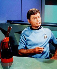 The Conscience of the King Star Trek Theme, Star Wars, Star Trek Original Series, Star Trek Series, Star Trek Cast, Star Trek 1966, Star Trek Images, Enterprise Ncc 1701, Star Trek Characters
