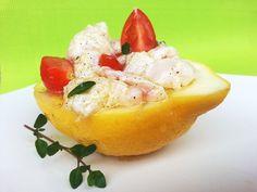 Tartare di cernia mediterranea.. Su limone giallo di casa mia.. http://chefspeciali.blogspot.mx/2013/05/tartare-di-cernia-al-limone-giallo-di.html