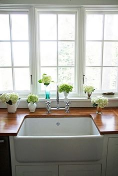 swooning over a kitchen sink and countertops... !