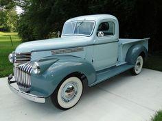 1945 Chevrolet Pick Up Truck Vintage Pickup Trucks, Classic Pickup Trucks, Antique Trucks, Vintage Cars, Antique Cars, Gm Trucks, Cool Trucks, Lifted Trucks, Small Trucks