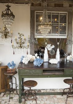Day Trip to the Round Top Antiques Fair | photos by Buff Strickland for Camille Styles