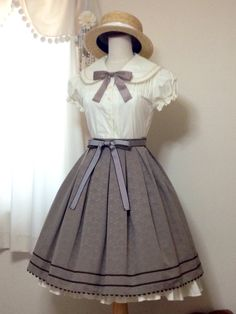 Lolita fashion Sailor Doll Skirt and Marine Blouse OP by Victorian maiden Lolita fashion Sailor Doll Skirt and Marine Blouse OP by Victorian maiden Gothic Lolita Fashion, Victorian Fashion, Vintage Fashion, Vintage Style, Retro Vintage, Kawaii Fashion, Cute Fashion, Classic Fashion, Fashion Styles