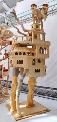 Domusfelis - special playzones for cats - sculptures for cats, unique pieces for unique cats. Untreated precius wood: plum, apricot, seasoned poplar, birch, bamboo, wild oak and piracanta. #luxurycatcastle #catcastle #castlecat #cattower #cattree #catcondo #cattoy #petdesign #catenclosure #catfrendlyhouse #catfrendlyhome #amazingcatscratching #catscratchforniture #cataccessories