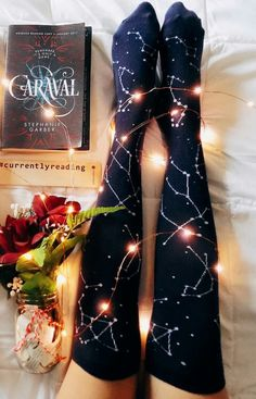 This book was SUPERlame, but these OTK's are OMG! Caraval by celinereads Ya Books, I Love Books, Good Books, Books To Read, Book Nerd, Caraval Book, Light Fest, Gifts For Readers, Book Aesthetic