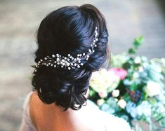 Bridal hair vine, Wedding hair accessories, bridal halo bridal crown, pearl and crystal hair vine ,Bridal hair comb, Delicate hair vine