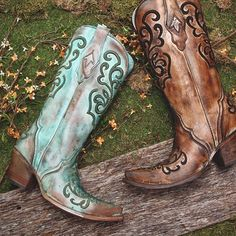 Lovin' these new Corrals! A strong contribution to any boot collection.