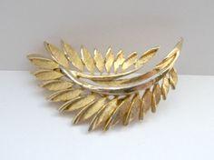 Vintage Goldtone Leaf Brooch by mish73 on Etsy, £3.00