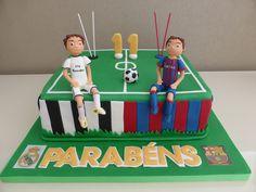 Bolo com tema Futebol (Real Madrid vs. Barcelona)