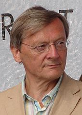 Austrian politician and Chancellor, Wolfgang Schuessel was born on June Hollywood, Politicians, Juni, Faces, Memories, Celebs, Actor, The Face, Face