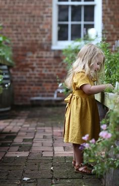The Linen Tilly Dress SweetHannahBDesigns on Etsy Little Kid Fashion, Little Girl Outfits, Toddler Fashion, Little Girls, Kids Outfits, Girl Fashion, Fashion Kids, Fashion Games, Fashion Clothes