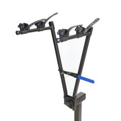 Heininger 1011 Advantage SportsRack V-Rack 2-Bike Carrier. Comes with a lockable cable. Storage bag included. Weighs only 11lbs. Fully assembled. The rack fitsTightly into the 2inch receiver.
