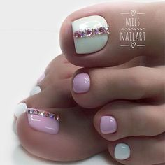 Toe nail designs are great to get creative with. Set aside all the limitations and rules and follow your heart! #nails #nailart #naildesign #toenails