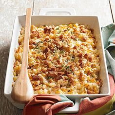 Smoky Chicken and Cheesy Potato Casserole: This five-ingredient casserole is ready to meet all of your comfort food needs. Packed with chicken, hash browns, and smoked cheddar cheese, its the perfect one-dish dinner -- no sides neccessary. Cheesy Potato Casserole, Chicken Casserole, Casserole Dishes, Casserole Recipes, Sausage Casserole, Cheesy Potatoes, Slow Cooker Recipes, Crockpot Recipes, Chicken Recipes