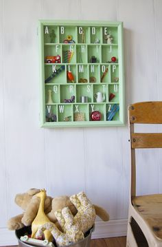 Love this shadow box idea.  Makes me want to design nurseries.