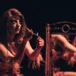 Νέες φωτογραφίες για τον Καραφλομπέκατσο και τη Σπυριδούλα από τους This Famous Tiny Circus