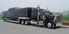 Midnight Rider: World's Heaviest Limo Needs to be Pulled by Tractor Trailer Big Rig Trucks, Semi Trucks, Cool Trucks, Cool Cars, Bus Camper, Campers, Midnight Rider, Semi Trailer, Rv Trailer