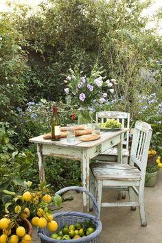 27 ideas para decorar con una antigua mesa tocinera   Bohemian and Chic