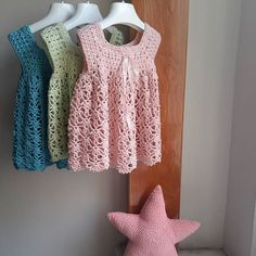 İyi haftalar.#crochet #crochetting #lovecrochet #craftastherapy #craftastherapy_colorful #yarnaddict #uncinetto #babywearing #babyclothes #alize #baby
