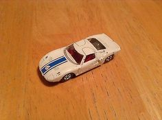 VINTAGE 1969-70 MATCHBOX LESNEY WHITE FORD GT SPORTS CAR 41 MADE IN ENGLAND  - http://www.matchbox-lesney.com/51840