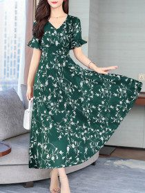 Round Neck Floral Printed Bell Sleeve Maxi Dress - Sebellamore.com Cheap Maxi Dresses, Short Sleeve Dresses, Summer Dresses, Saree Blouse Neck Designs, Sleeves Designs For Dresses, Frock Dress, Winter Outfits Women, Dress Silhouette, Maxi Dress With Sleeves