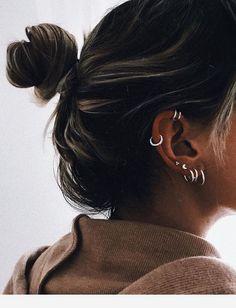 Ear Piercing Chart - Ear Piercings for Men and Women Ear Piercing Chart . Piercing Chart, Innenohr Piercing, Ear Piercings Chart, Ear Peircings, Ear Piercings Helix, Body Piercings, Forward Helix Piercing, Tongue Piercings, Top Of Ear Piercing