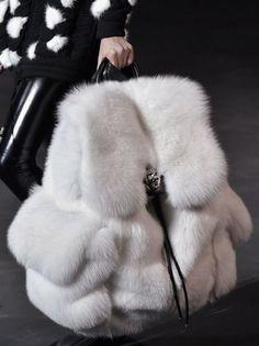 new parispalestreetwearcontemporary fashionCuratedbyCAROLINEDAILYPARIS