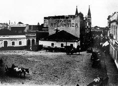 Largo da Ordem - O Largo Coronel Eneas em 1925. Foto: Acervo Ippuc. Cerveja Atlantica. Arquivo - Os primeiros movimentos do planejamento urbano de Curitiba - Álbum - Prefeitura de Curitiba