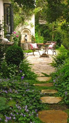 Garden Stones, Garden Paths, Garden Landscaping, Landscaping Ideas, Backyard Ideas, Patio Ideas, Creative Garden Ideas, Courtyard Ideas, Backyard Patio
