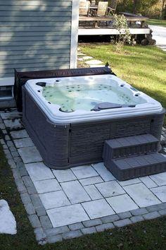 Ideas Backyard Design With Hot Tub Jacuzzi Hot Tub Gazebo, Hot Tub Deck, Hot Tub Backyard, Backyard Patio, Backyard Ideas, Pavers Patio, Hot Tub Patio On A Budget, Patio Stone, Pergola Ideas