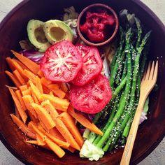 HOW TO: Rainbow Veggie Bowls