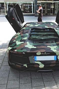 Has to be a redneck Lamborghini owner. Needed a camo paint job just in case you take it hunting. Wouldn't want the wild life to see it. Lol