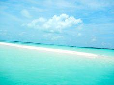 Exuma Sandbar - Exuma, The Bahamas.