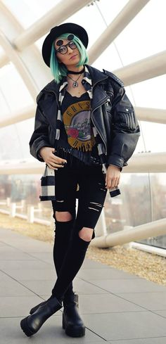 Grunge & Roses: Black Skinny Ripped Distressed Jeans, Rib Cage Necklace, Biker Jacket, Boots and Two-Double Vintage Sunglasses In Matte Black - By Gina Vadana - http://ninjacosmico.com/20-grunge-outfit-ideas-may/