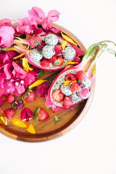 The Prettiest Ever 5-Minute Breakfast Bowl You'll Want to Gobble Up