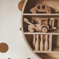 Wooden Toys Ikea haks Round Shelf, Wooden Toys, Wine Rack, Kids Room, Ikea, Room Decor, Shelves, Cabinet, Storage