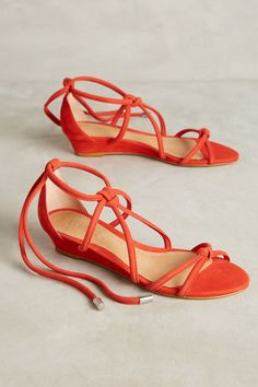 Tangerine perfection! Schutz Margarete Knotted Micro Wedges | Antrhopologie
