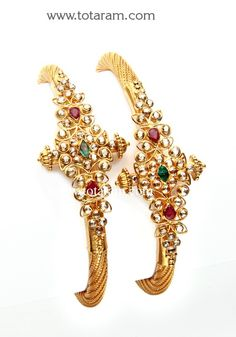 Uncut Diamond Bangles - View our collection of 22 Karat gold Uncut Diamond Bangles for women. We carry a large variety of gold Uncut Diamond Bangles made in India - Indian Gold Jewelry - Buy Online Indian Gold Jewellery Design, Gold Bangles Design, Indian Jewelry, Jewelry Design, Designer Jewelry, Diamond Bangle, Diamond Jewelry, Gold Jewelry, Antique Jewelry