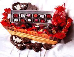 Happy #ChocolateDayOrder loving chocolates @ www.winni.in  #chocolatedaygifts #chocolategiftcombos #buychocolateonline #sendchocolatesonline #orderchocolatesonline  #valentinesweek #valentinesday #valentinesdaygifts #giftsforher #giftsforhim