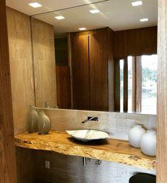 O que você acharia de ter uma bancada assim em seu lavabo? O interessante da madeira maciça é que ela deixa qualquer ambiente cheio de personalidade e sofisticação.  Somos apaixonados por lavabos com bancadas assim, tanto para espaços grandes quanto para espaços menores, elas sempre se encaixam perfeitamente.  #banheiro #bancada #madeira #rustico #cuba #madeiramacica #sustentabilidade Decor, House Design, House, Bathroom Vanity, Bathroom, Sweet Home, Bathtub