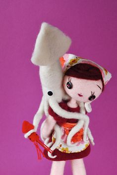 Help Friends Play Games: I'll give you ride, you give Dolly a ride by hine, via Flickr