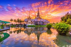 Wat None Kum Temple, Thailand jigsaw puzzle in Great Sightings puzzles on TheJigsawPuzzles.com