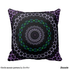 Circle mosaic pattern pillow