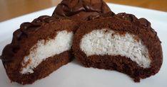 Coco Star Kurabiye Tarifi (Hindistan Cevizli Kurabiye)   Coco Star Kurabiye Malzemeleri   1 paket margarin  2 yumurta ( birinin akı içi... Pastry And Bakery, Iftar, Vanilla Cake, Smoothies, Deserts, Muffin, Food And Drink, Eat, Cakes