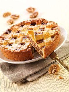Crostata con noci e caramello