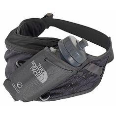 Der The North Face Enduro Belt 1 ist ein minimalistischer Flaschengurt für Läufer mit der Halterung für eine 0,5 Liter Trinkflasche (inklusive). Eine kleine Tasche mit RV bietet Platz für wichtige Utensilien beim Laufen.  E-VAP: Wird in den Schulterriemen und Hüftgürteln mit durchlöcherten...  • Gewicht: 135 g • Zusatzinformation: - Ausstattung mit optionaler Energie-Gel-Tasche - 0,5 Liter ...