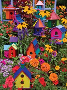 Birdhouses 275 Piece Puzzle