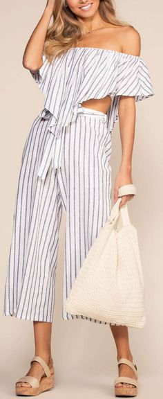 On My Way To Rio Striped High Waist Culottes - Navy